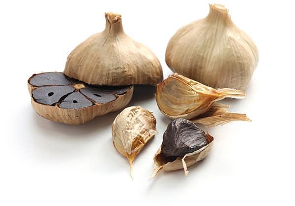 8 Health Benefits of Black Garlic: Number 3 Is Amazing!