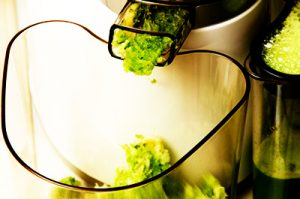 How to Juice Celery in a Slow Juicer